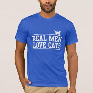 Vrais chats d'amour d'hommes t-shirt