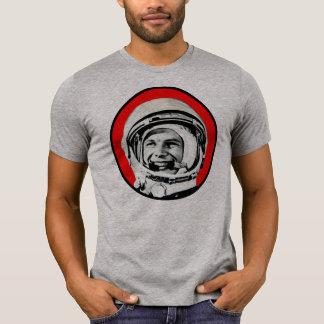 Yuri Gagarin - héros et cosmonaute soviétiques T-shirt